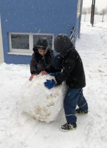 Schneespaß im Hort